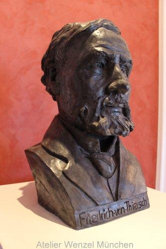 Büste Friedrich von Thiersch
